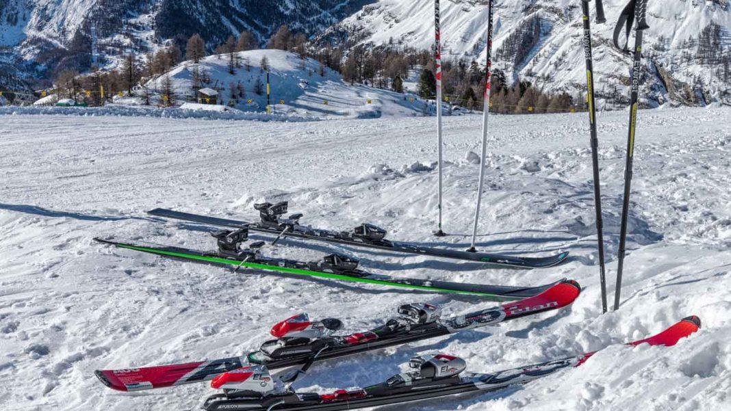 Sell-Ski-Equipment-on-readcrazy