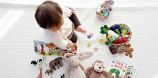 Seven-Awesome-Ideas-to-Arrange-a-Kids-Room-on-readcrazy