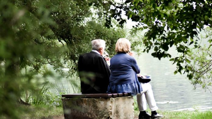 Let's-Get-the-Best-Tips-to-Plan-Retirement-Phases-on-readcrazy